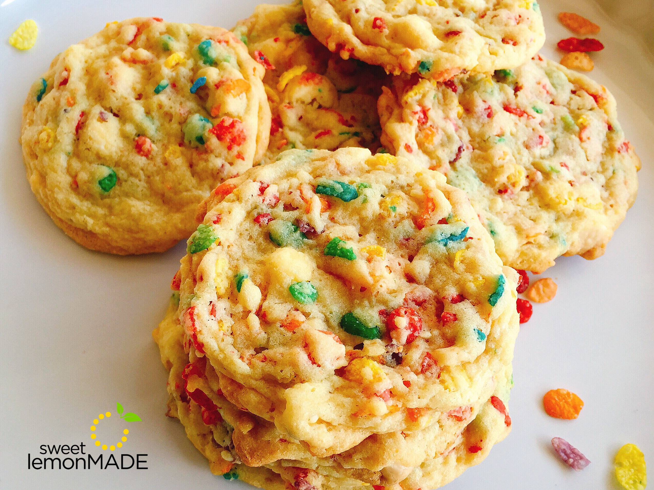 Fruity Pebbles Cookies sweetelmonmade.com