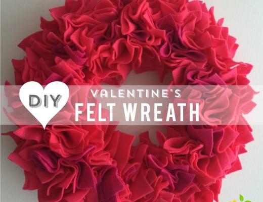 DIY Valentine's Wreath - sweetlemonmade.com